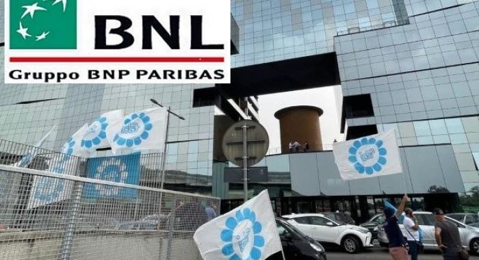 BNL, SIT-IN SOTTO LA DIREZIONE GENERALE DELLA BANCA
